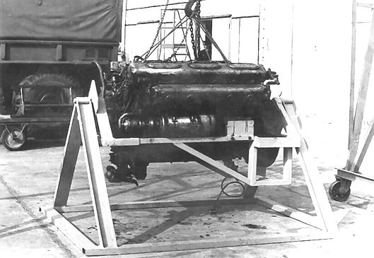 Der ausgebaute Motor der SSR MAZ-543-M